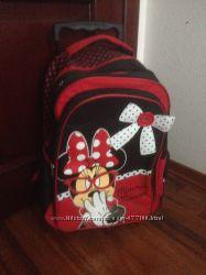 Шикарный детский рюкзак на колесиках