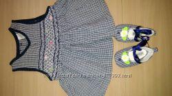 Продам платье и пинетки на завязках на рост 56 см, бу
