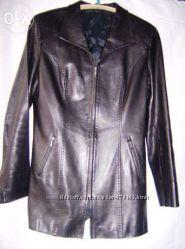 Мягенькая кожаная курточка р. 44-46