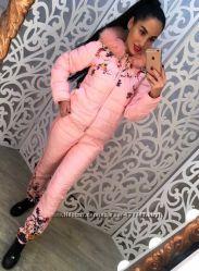 Тёплый женский костюм с рисунком на синтепоне. Цена снижена