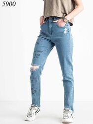 Голубой стрейчевый МОМ принт надписи, джинсы женские МОМы  высокая посадка