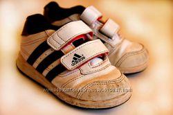21-22 р ст 13. 5 смКроссовки детские Adidas из Англии
