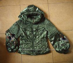 куртка атласная  на синтепоне ручная роспись рукавов М-L