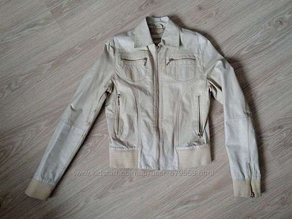 Куртка кожа terranova m - л цвет сливочный или светлый беж