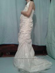 свадебное платье из швейцарского салона . 40 EU