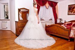 Элитное свадебное платье от дизайнера Daria Karlozi