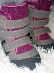 Продам ботинки Adidas на девочку 15, 5см