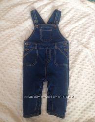 Мой любимый джинсовый комбинезон baby M&co 9-12 мес отл сост