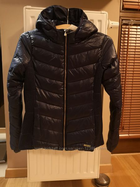 Шикарнючая деми куртка H&M 140.     170