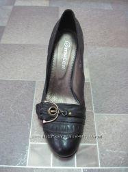 Распродажа. Женские туфли. Кожа