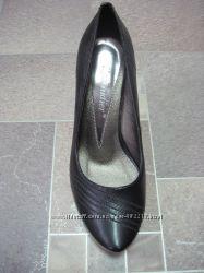 Распродажа. Шикарные туфли. Кожа