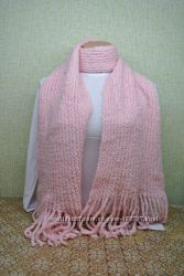 Шарф вязанный нежно розовый