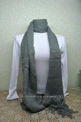 Шарф вязанный серый