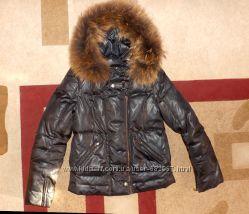 Тёплая курточка пуховик , мех енот, бренд Daser оригинал