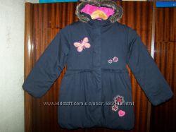 Стильная демисезонная куртка, На рост 128 см.