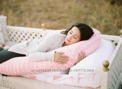 Удобная подушка для беременных и кормления