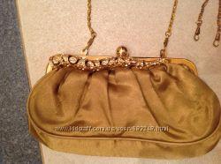 Нарядная сумочка с камнями