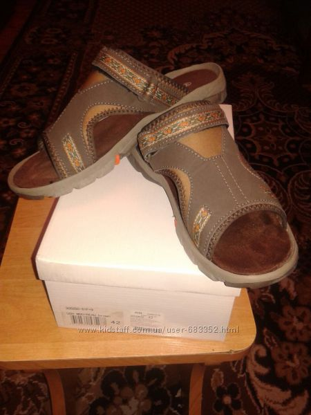 Купить недорого женские туфли на невысоком каблуке