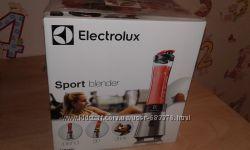 Блендер спортивный Electrolux ESB2450  с гарантией.