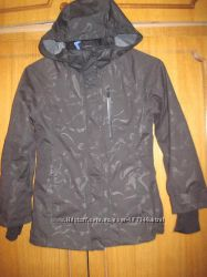 Демисезонная термокуртка H&M р. 135 на 8-9 лет.