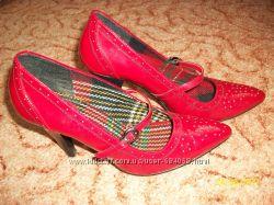 Фірмове взуття 33c7f480e3be1