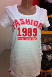 удлиненная футболка Billcee стильная и модная БЕЛАЯ И ЧЕРНАЯ трикотаж