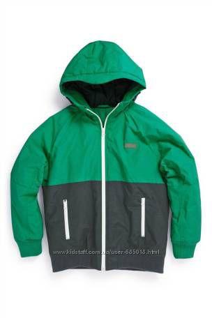 Куртка Next для мальчика на 5 лет 110см