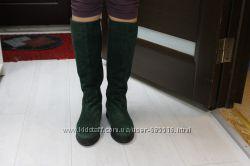 Продам женские демисезонные замшевые сапоги 39 р-р FELLINI
