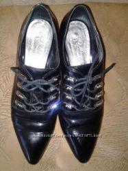 Лаковые туфли ELLENKA