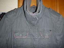 Фирменная куртка - парка  Esprit цвета хаки