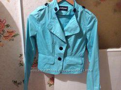 Классная котоновая курточка