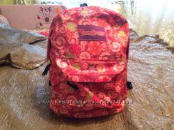Новый яркий рюкзак