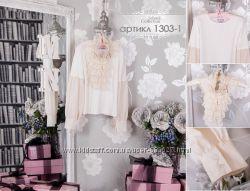 Кофта-блузка украшенная кружевным жабо для девочки МОНЕ
