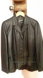 кожаный пиджак, куртка.