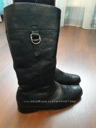 Зимние кожаные сапоги. 38 размер. Внутри натуральный мех.