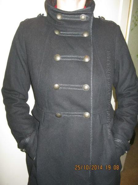 Пальто в гусарском стиле