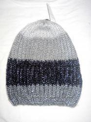 Много разных шапочек  зима-осень