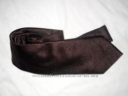 Распродажа брендовых галстуков для мужчин цена стока