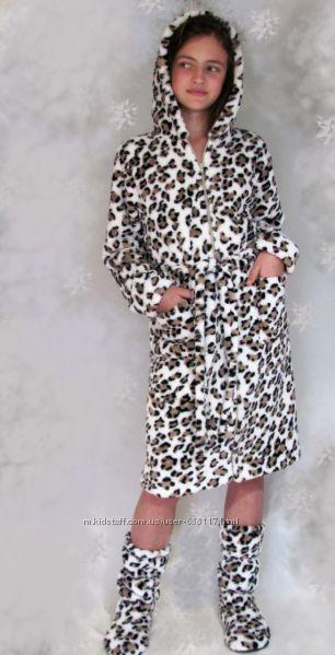 Махровый халат на молнии с сапожками Снежный леопард
