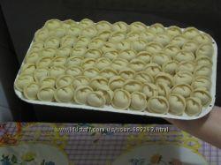 Пельмешки и варенички домашние ручной лепки
