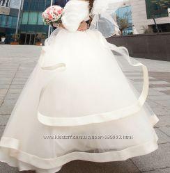 Продаю красивейшее платье для принцессы