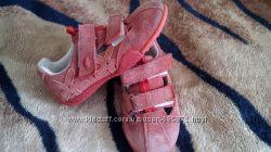 Кросівки для дівчинки Jela розмір 26,