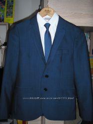 Пиджак стильный синий на 10-13 лет рост 152 см в составе шерсть