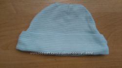 Нова шапочка від Carters, розмір до 6М.