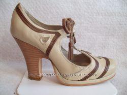 Туфли бежевые Кожа FlyGirl, стелька 25 см.