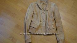 Продам кожаную куртку Stradivarius xs-s