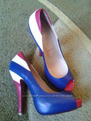 Жіночі туфлі, нові, щкіра, 36р.