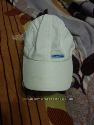 Белая летняя кепка