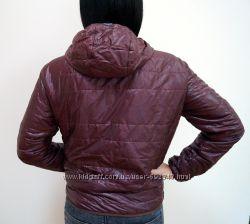 Вишневая куртка