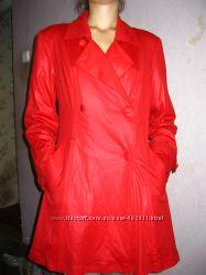 Красивое  пальто 44 размера